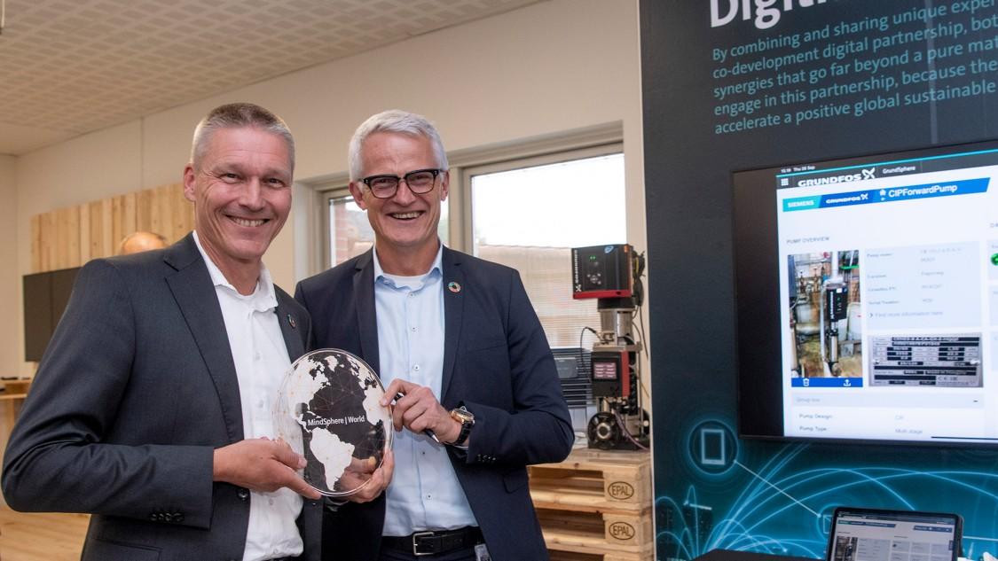 Siemens og Grundfos indgår digitalt partnerskab