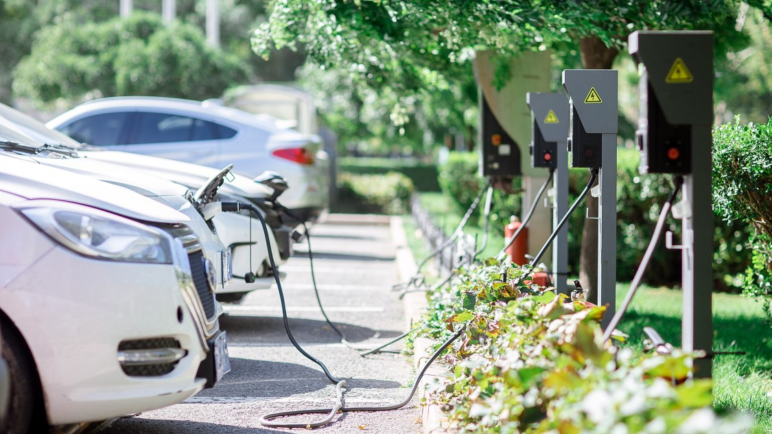 e-cars charging for test stands