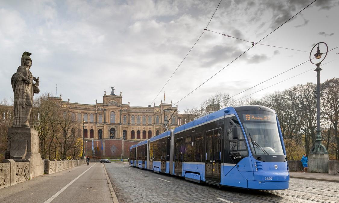 Trams, streetcars and light rail