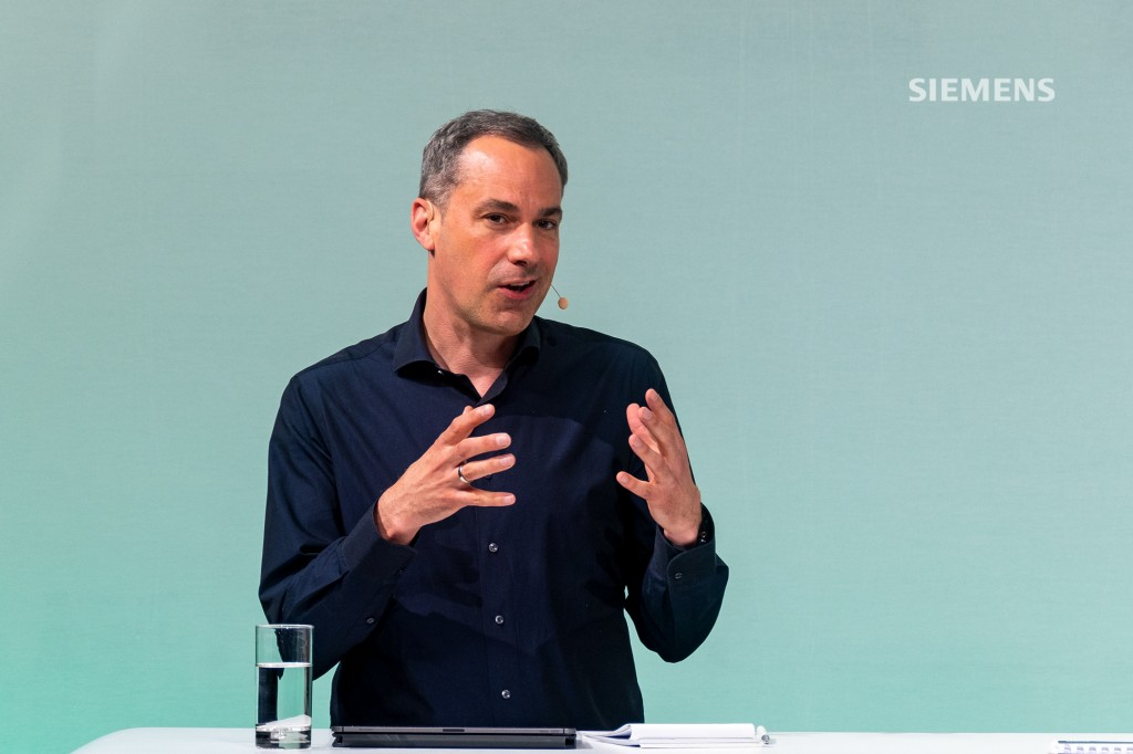 Siemens AG's Capital Market Day on June 24, 2021, at the company's headquarters in Munich: All Siemens AG Managing Board members answering analysts' questions at the close of the event. Pictured here: Cedrik Neike, Siemens Managing Board member