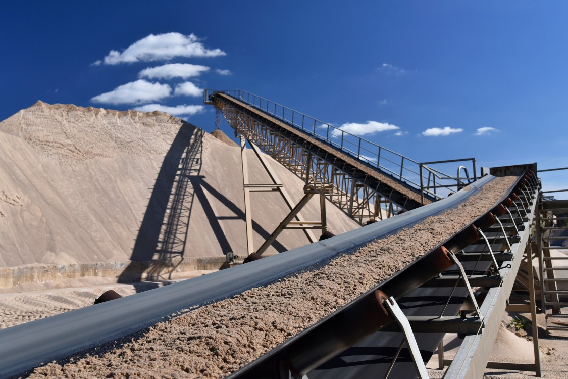 Rock Quarries avoid failures due to load fluctuations with auto parameterization