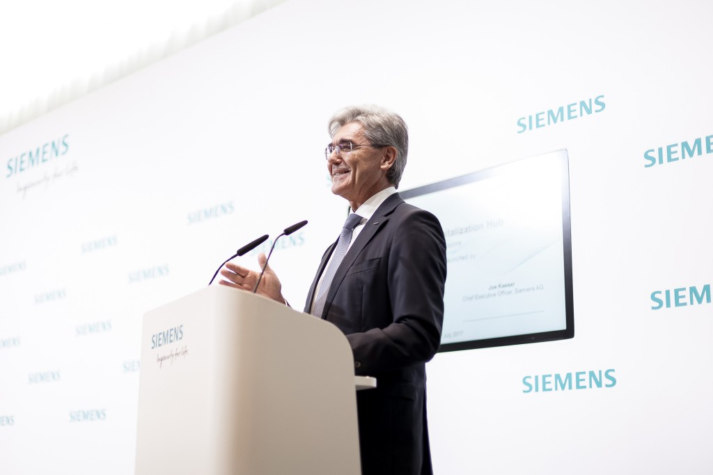 Siemens partners with Singapore to establish its first fully-integrated Digitalization Hub