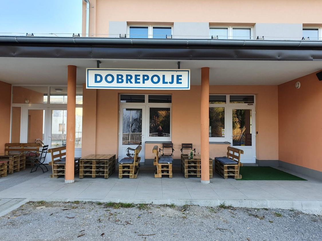 Bahnhof Dobrepolje