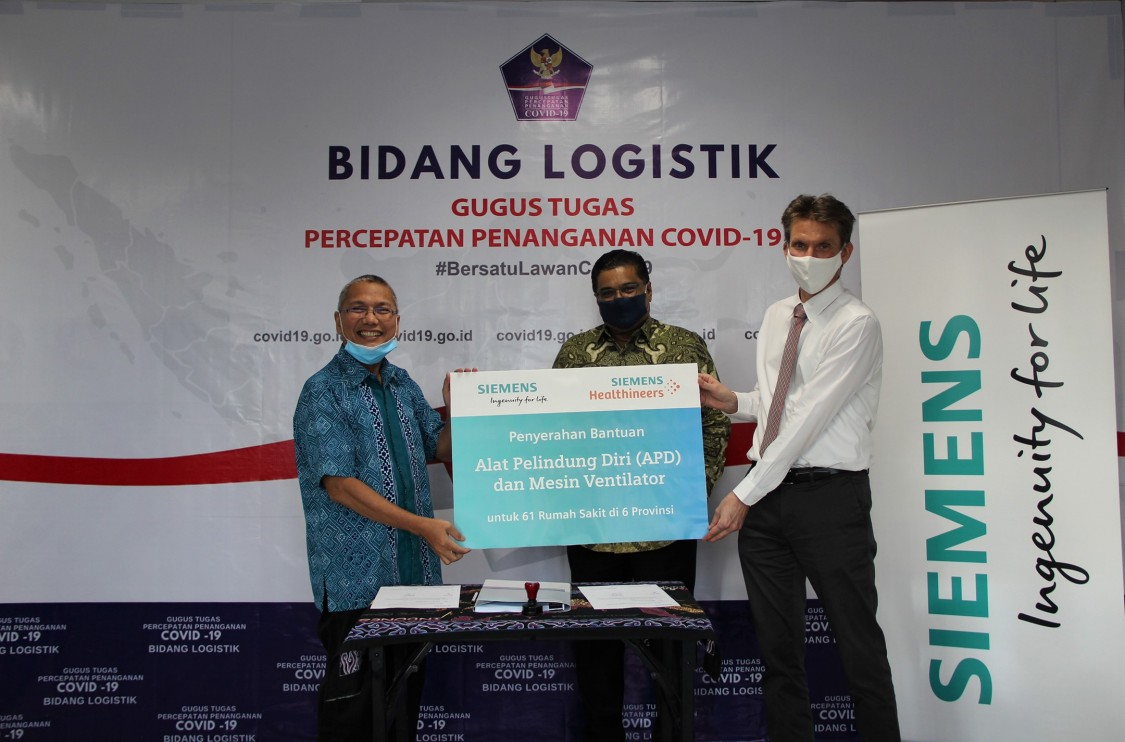 Siemens Donates PPE and medical equipment for COVID-19 relief in Indonesia