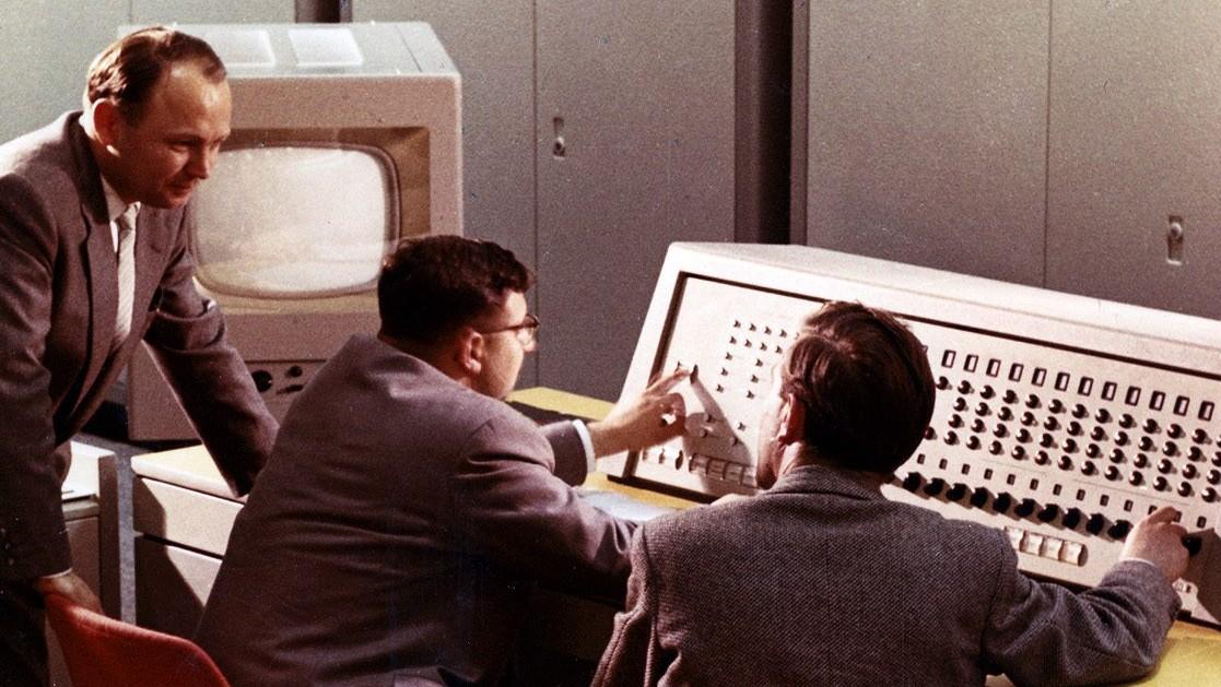 Комп'ютерна система Сіменс 2002 , 1957 рік