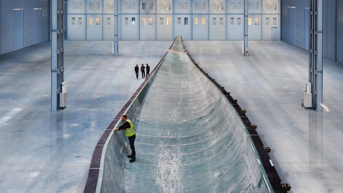 Найдовша лопать вітрової турбіни, 2012 рік