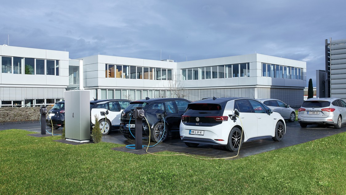 Picture Multicharging-System for electric vehicles