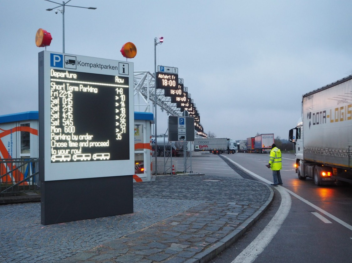 variable message sign