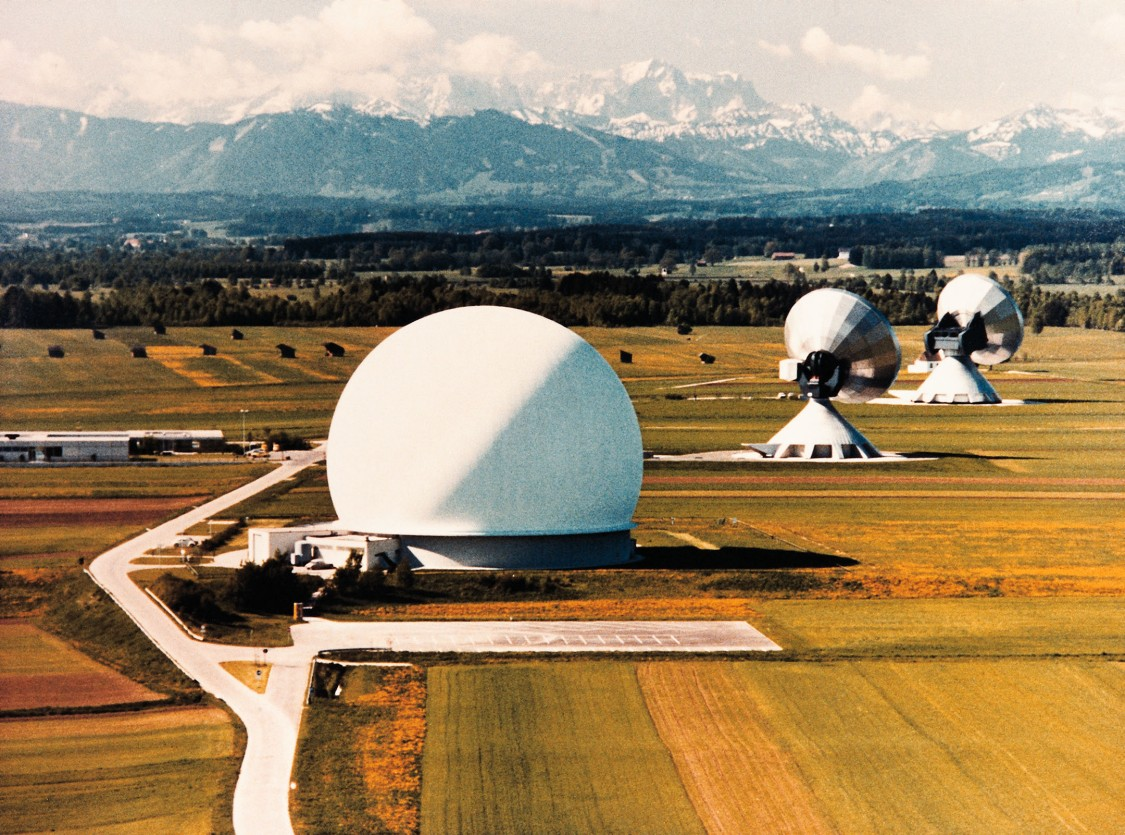 Antennas at the Raisting radio telescope station