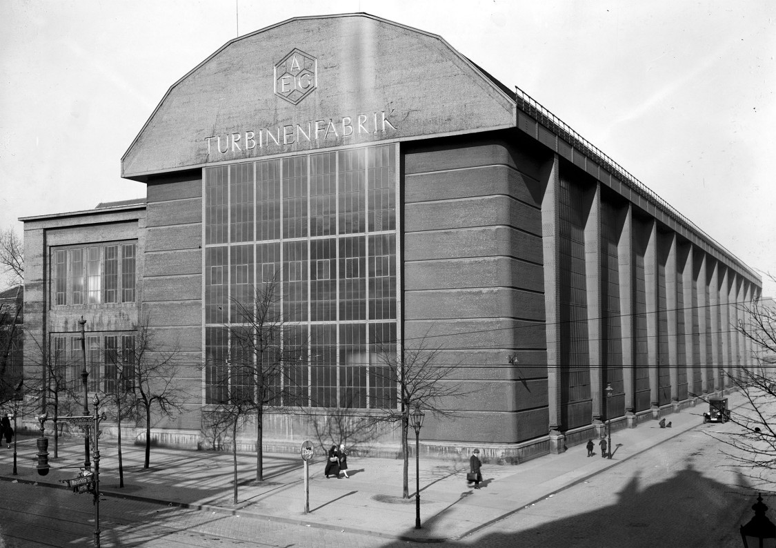 Signaling the beginning of modern industrial architecture – the turbine assembly hall, 1928