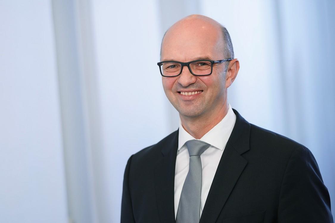 Mr Martin Klein