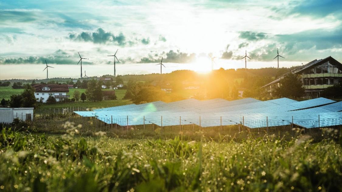 Panneaux solaires et moulins à vent à Wildpoldsried, Allemagne