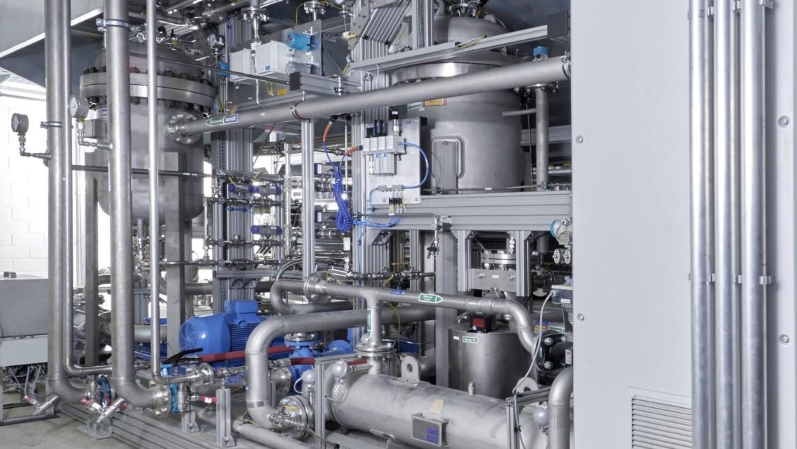 Blick in die Power-to-Gas-Anlage in Werlte, in der aus Ökostromüberschüssen erneuerbarer Wasserstoff und Methan produziert wird.