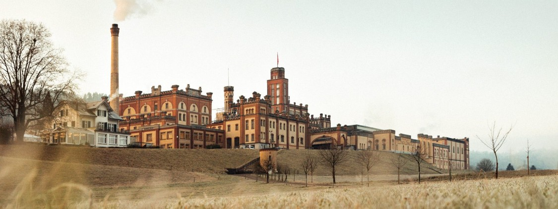 The headquarters of the Feldschlösschen brewery is reminiscent of a grand castle © Feldschlösschen Getränke AG