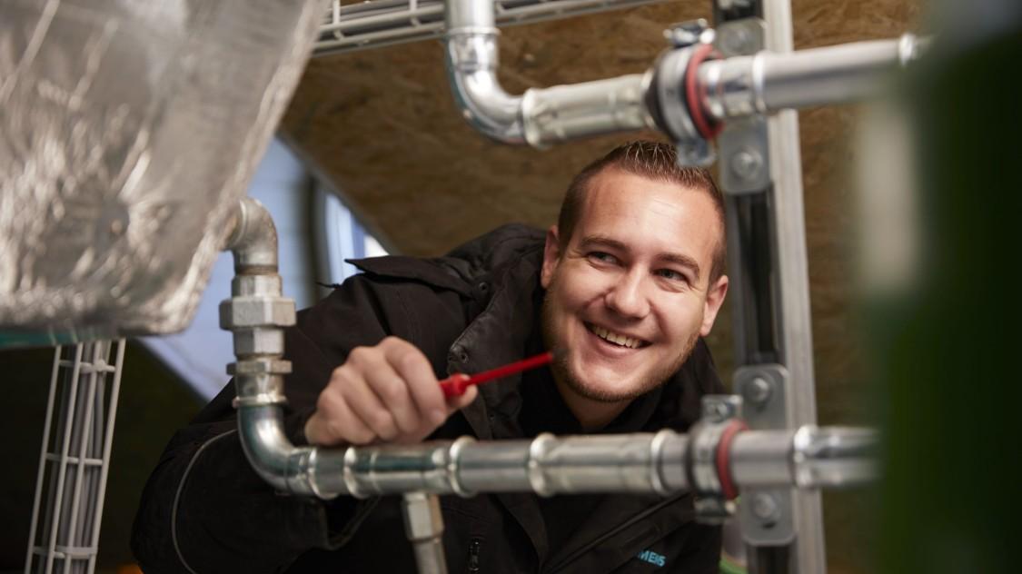 Arbeiten bei Siemens - Service-Leistungen erhalten den Wert von Gebäuden – ein ganzes Leben lang.