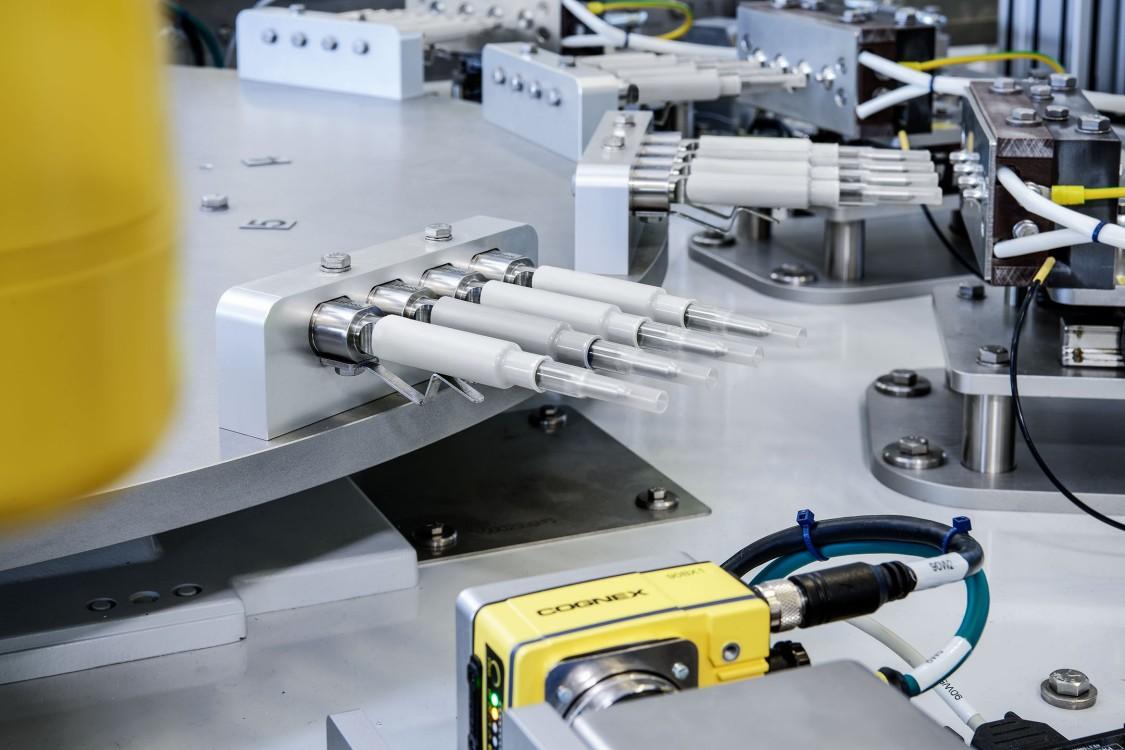 Bei der Entwicklung des Rundtakttisches für die Herstellung von Tampons setzte die Ruggli AG auf den digitalen Zwilling