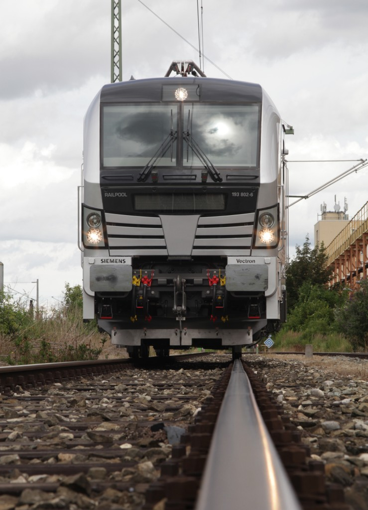 Railpool receives first Vectron locomotive