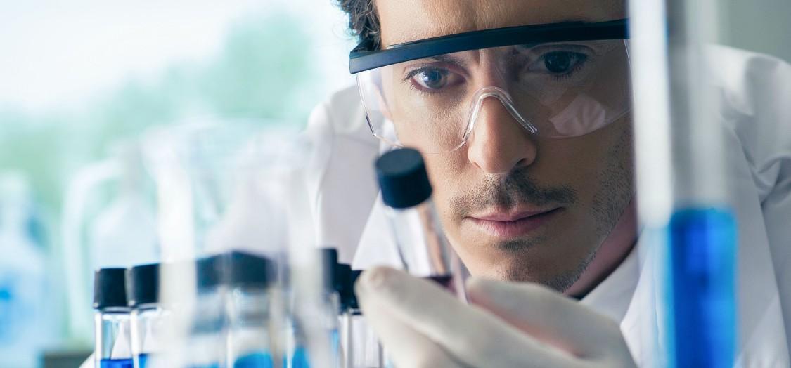 Reinraum- und Pharmalösungen von Siemens minimieren Risiken, erhöhen die Effizienz und liefern nachweisbare Konformität mit allen wichtigen Regulatorien.