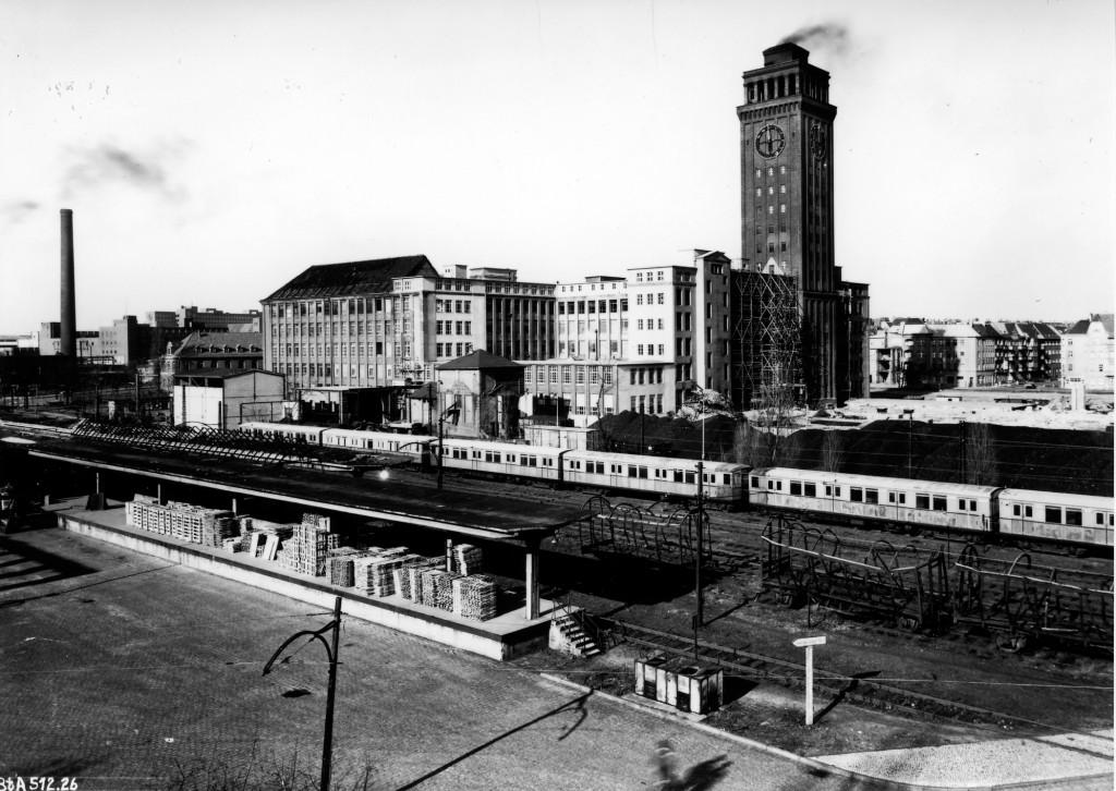1951 nach schnellem Wiederaufbau (MGW)
