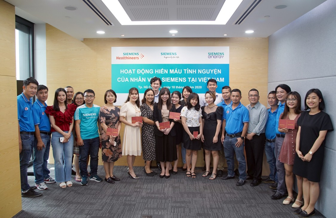 Ngày hội hiến máu nhân đạo của nhân viên Siemens tại Việt Nam