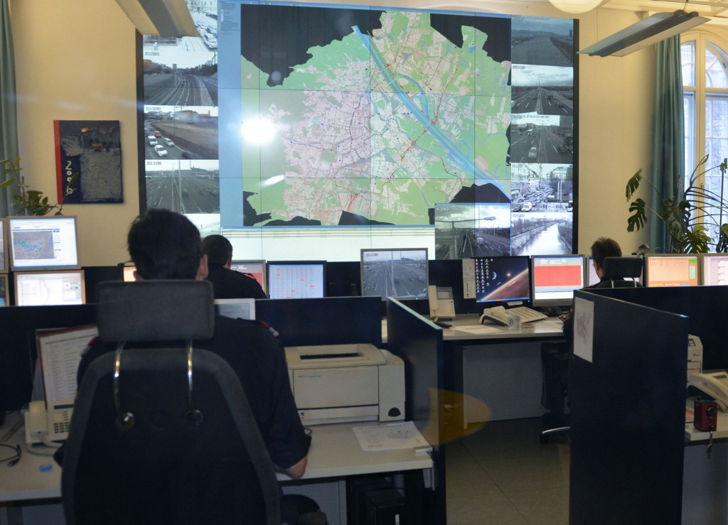 Traffic control center Vienna to control the flow of cars