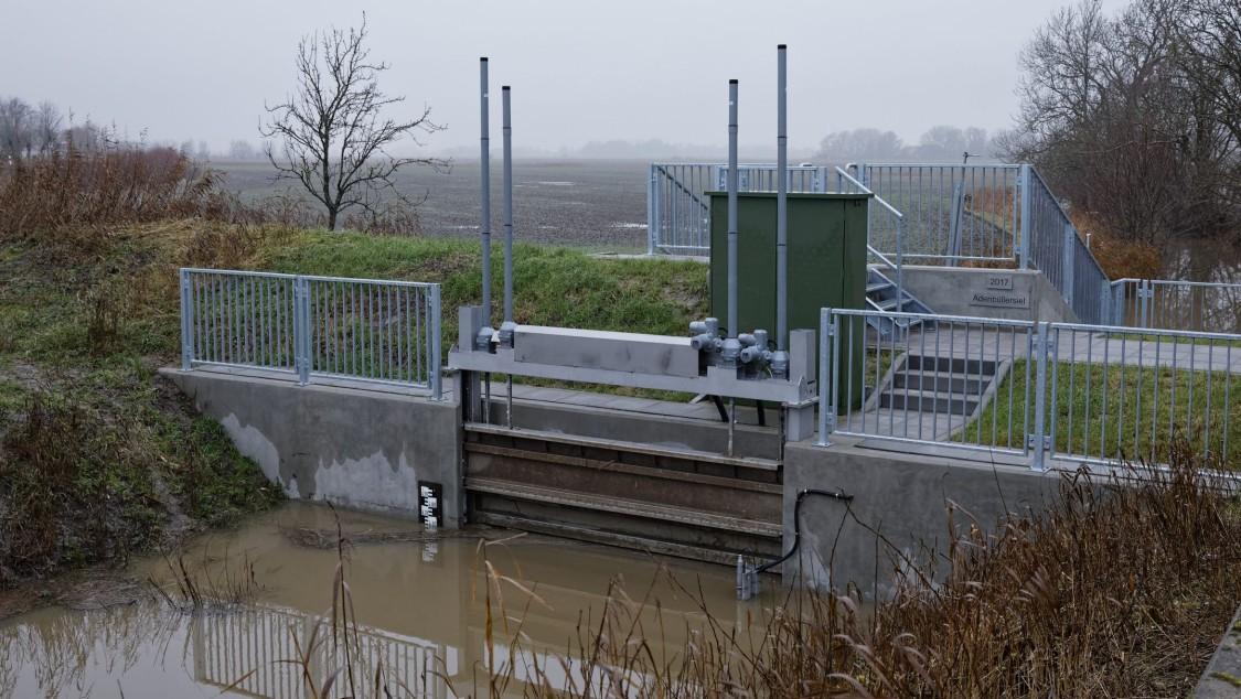 Image of a sluice gate