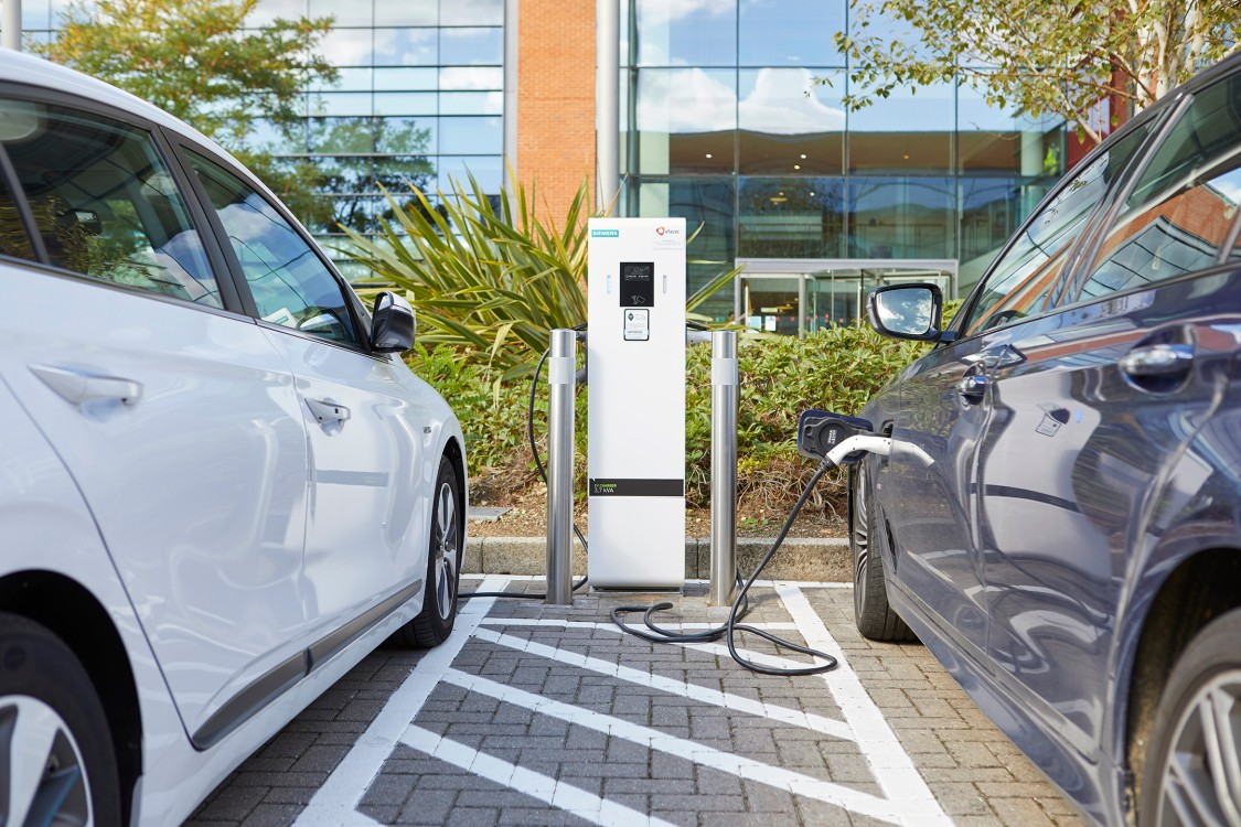 Siemens Dual AC EV charger charging two cars