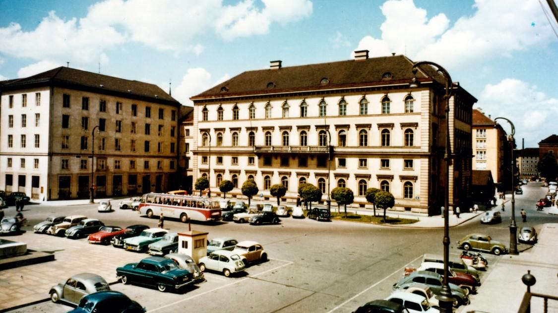 Munich, Wittelsbacherplatz