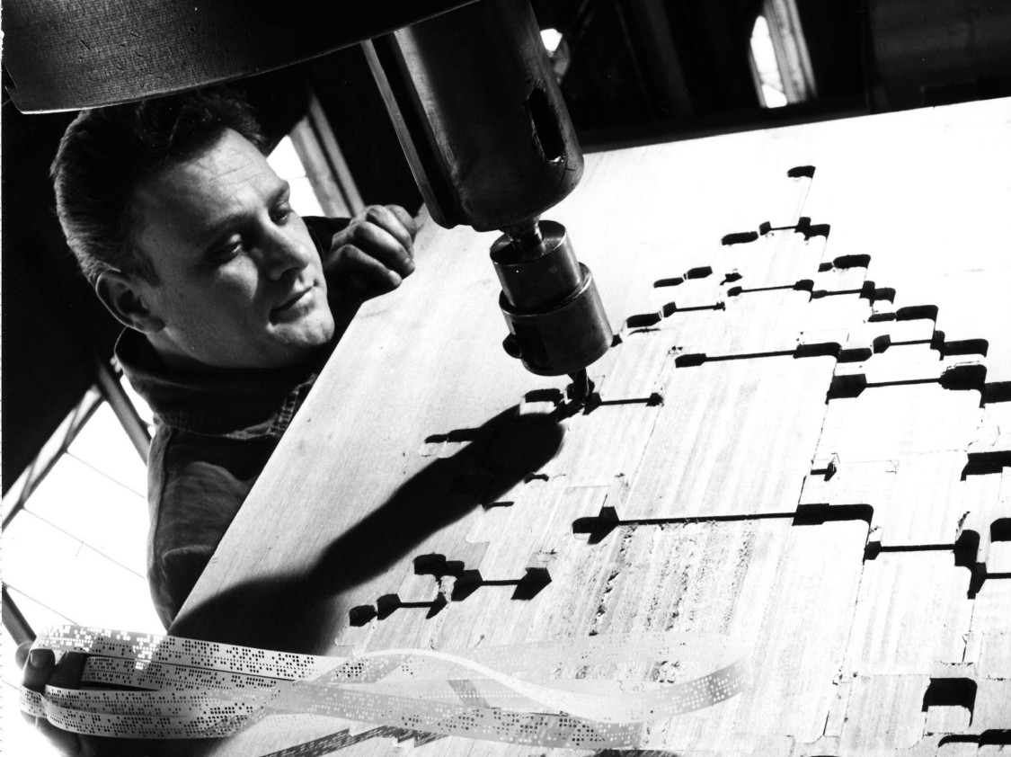 Machining unit controlled with punched tape, 1969
