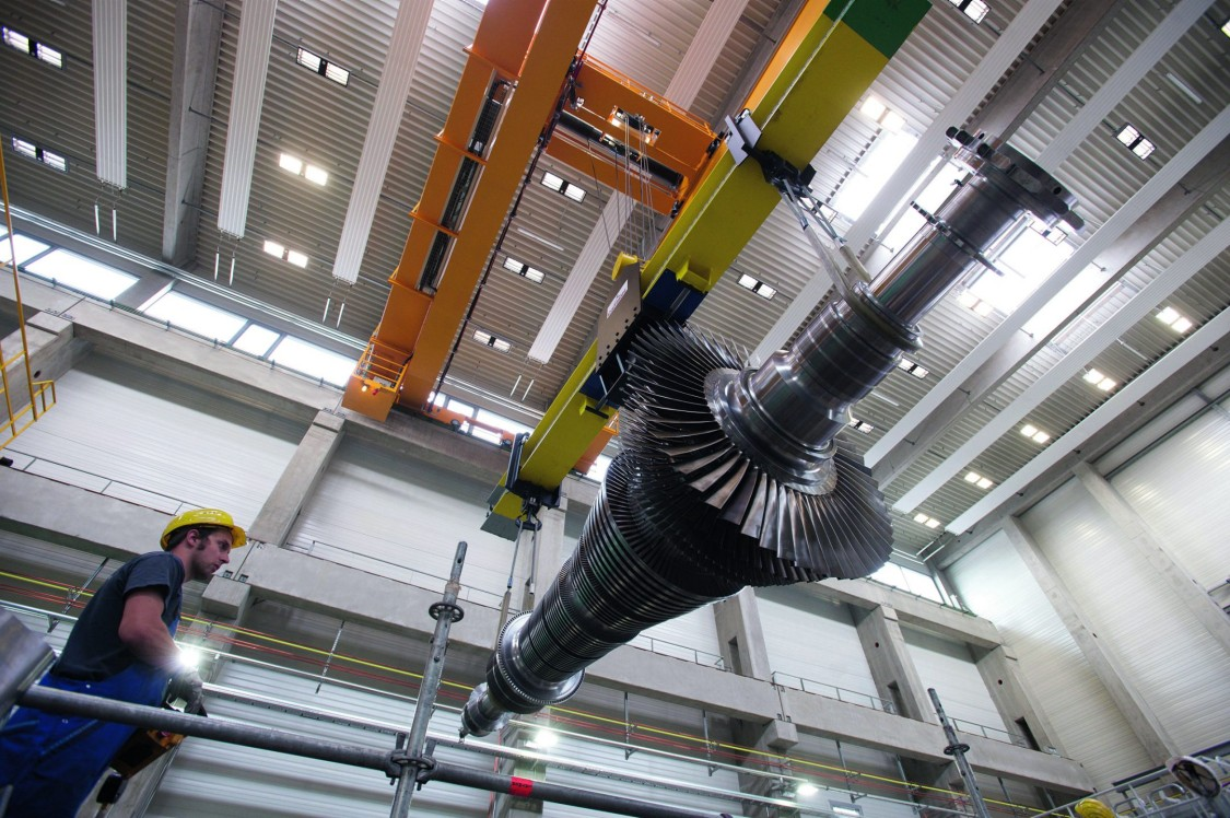 Key visual Industry cranes Drive-Based Technology