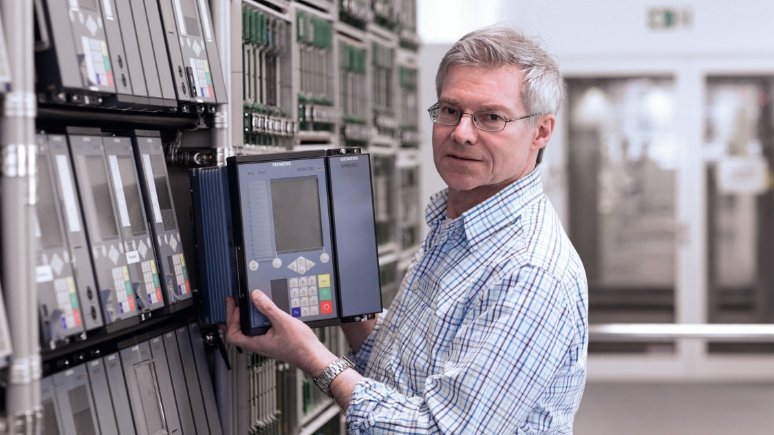 Smart transition of energy automation systems