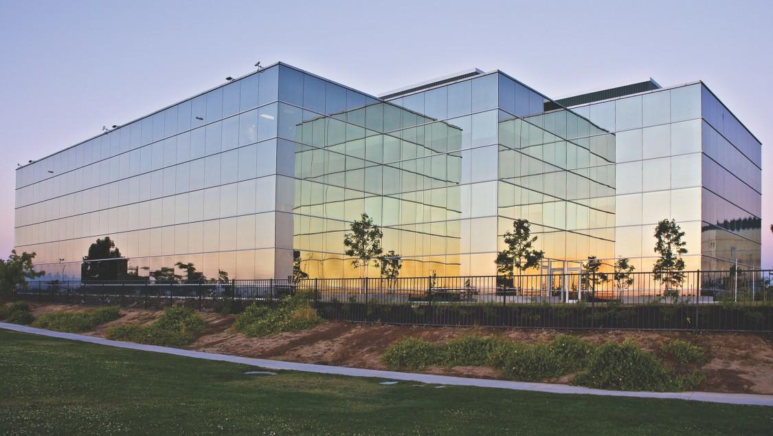 Commercial Building for SEM3T