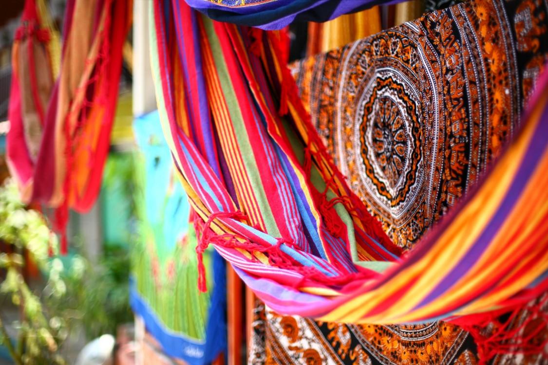 Key visual textil machines