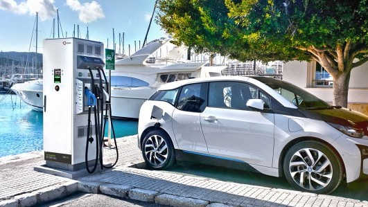 Yunex Traffic QC45 Electric Vehicle Charger