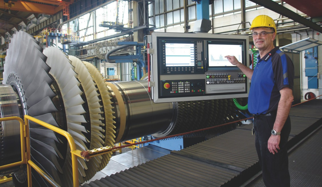 Turbine with HMI, in which SIRIUS ACT and PROFINET are installed
