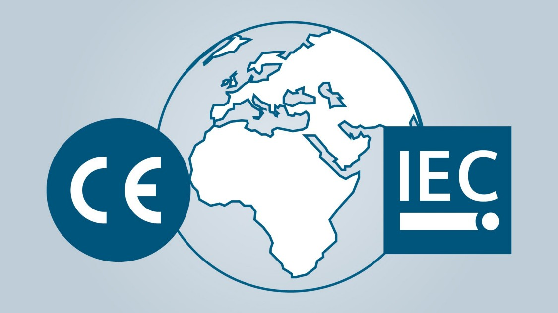 Implementering af tavler som overholder EU direktiver and IEC standarder