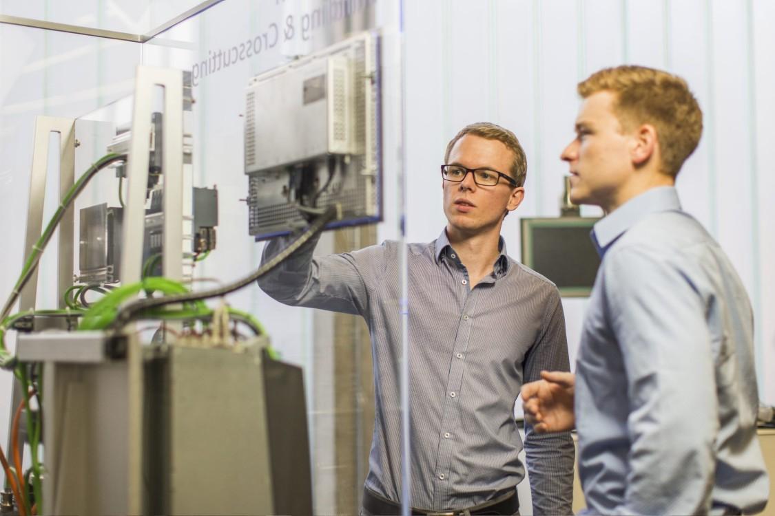 Mechatronik (B. Eng.) mit Ausbildung zum Elektroniker (m/w/d) für Betriebstechnik