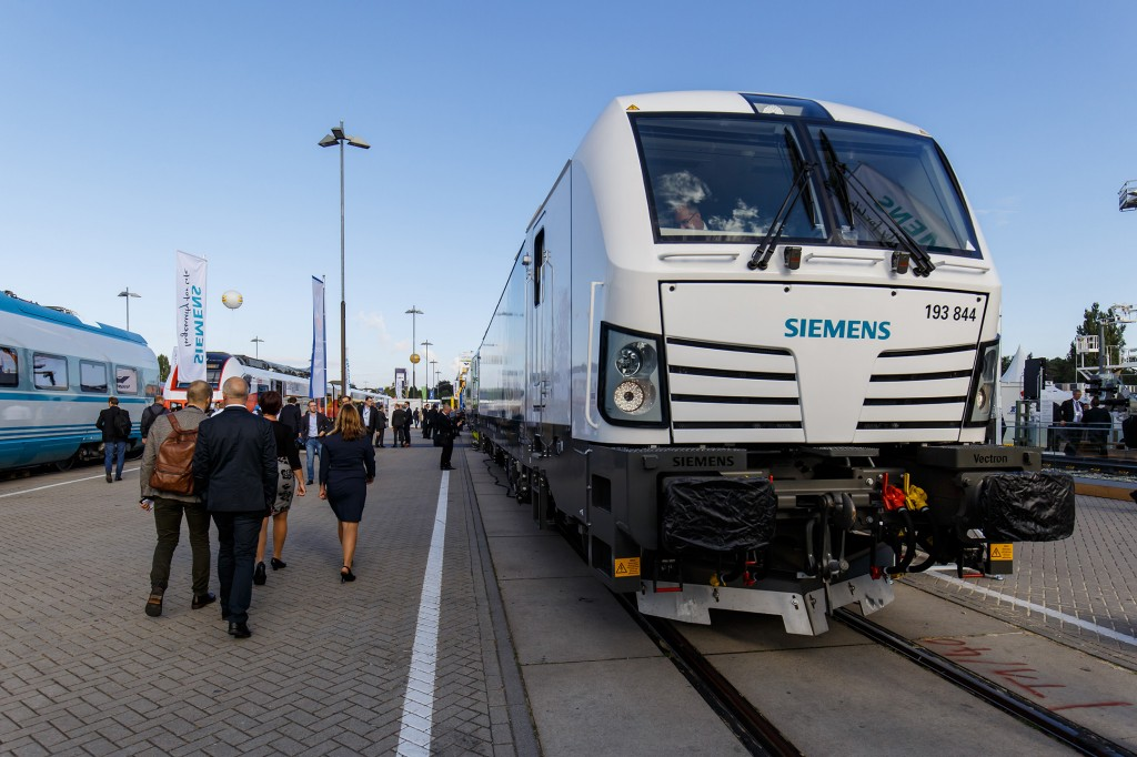 Siemens at Innotrans 2016: Vectron MS - multi-system locomotive