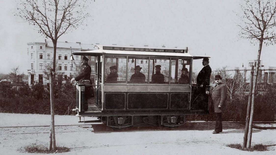 Erste Straßenbahn von Siemens & Halske