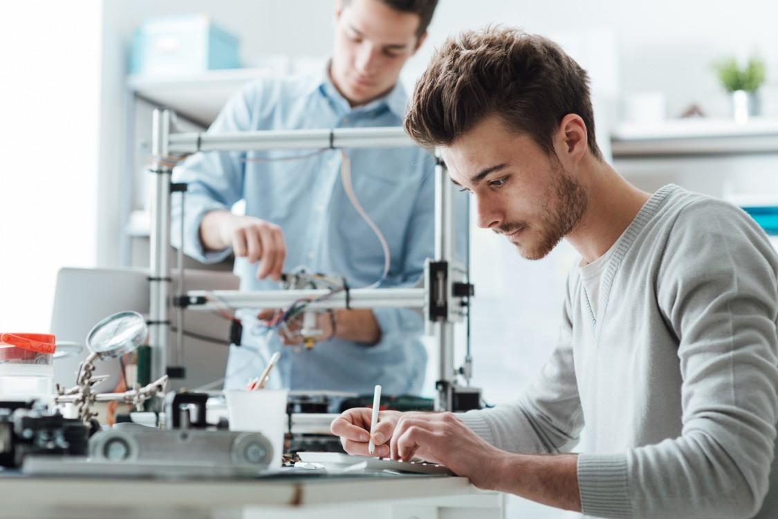 Siemens lanceert Siemens Industry Academy en slaat een structurele en duurzame brug tussen industrie en universiteit