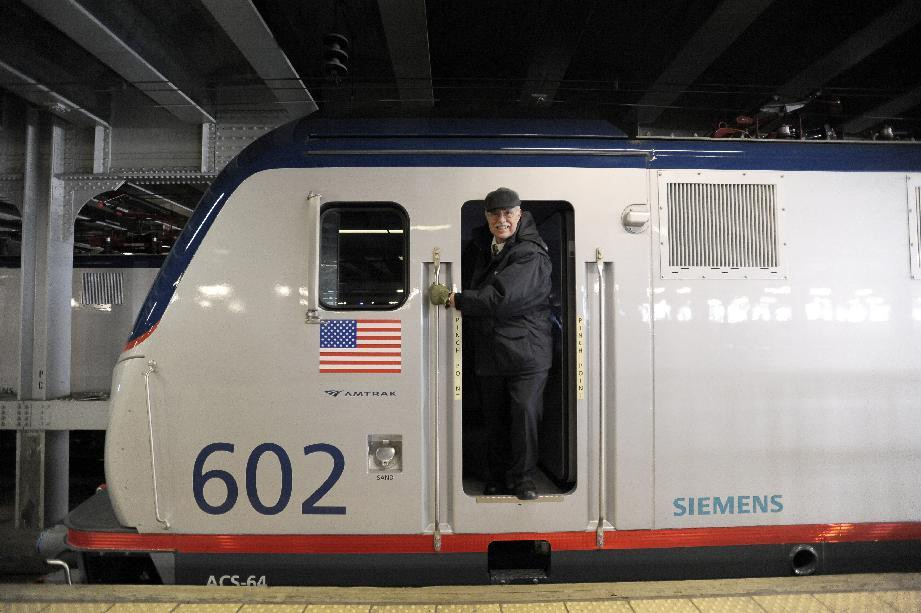 All Aboard! U.S. Vice President Biden Welcomes First Siemens-built Amtrak Locomotive Entering Passenger Service