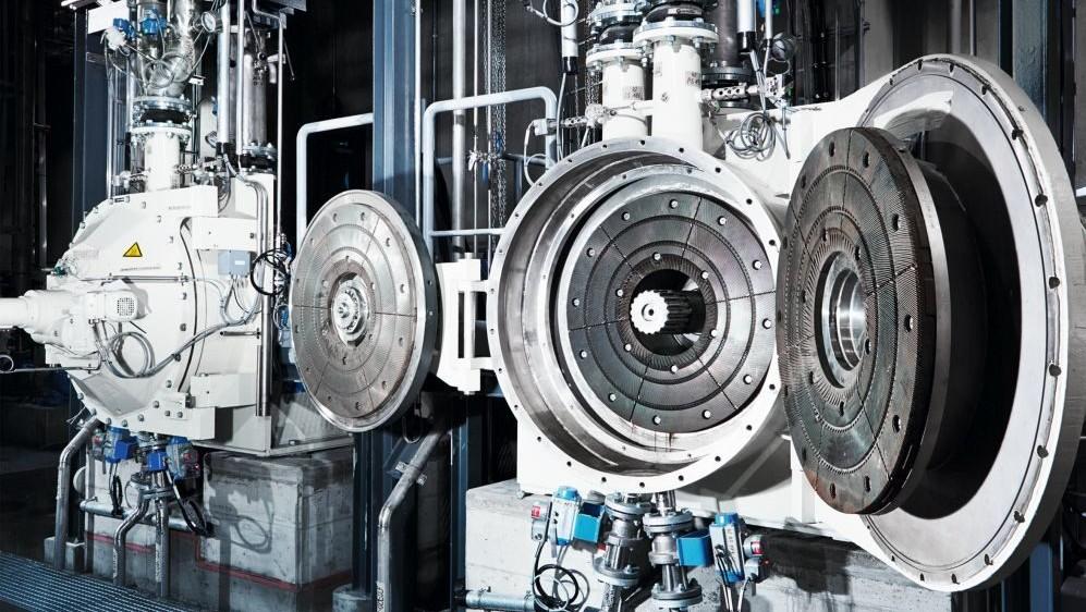Energieeffizienter Antrieb für Andritz Pulp Refiner TwinFlo