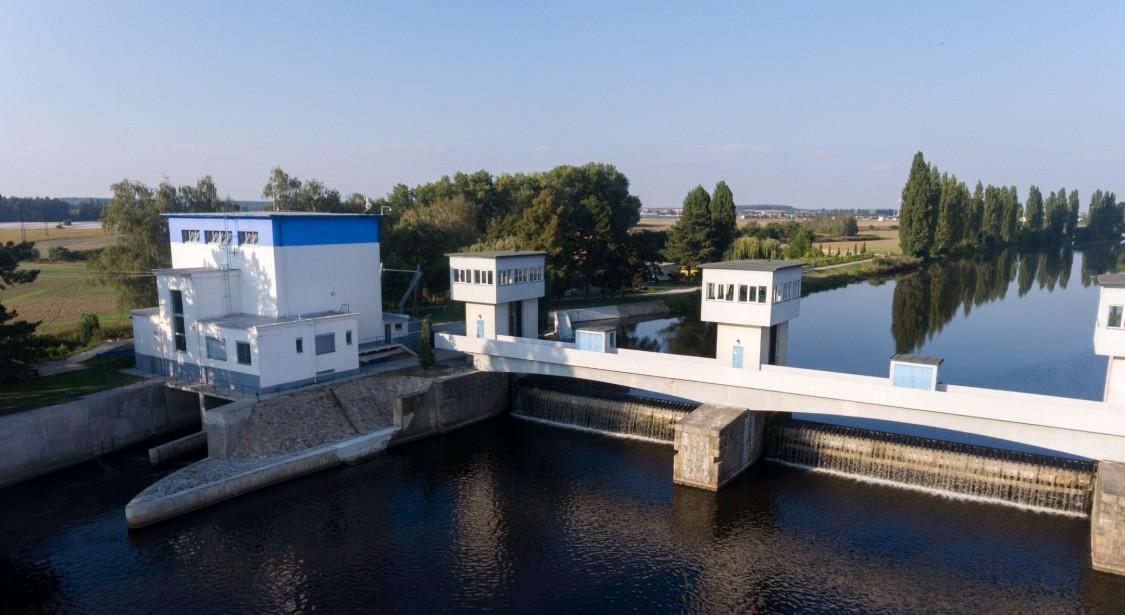 Tři Chaloupky, Wasserkraftwerk