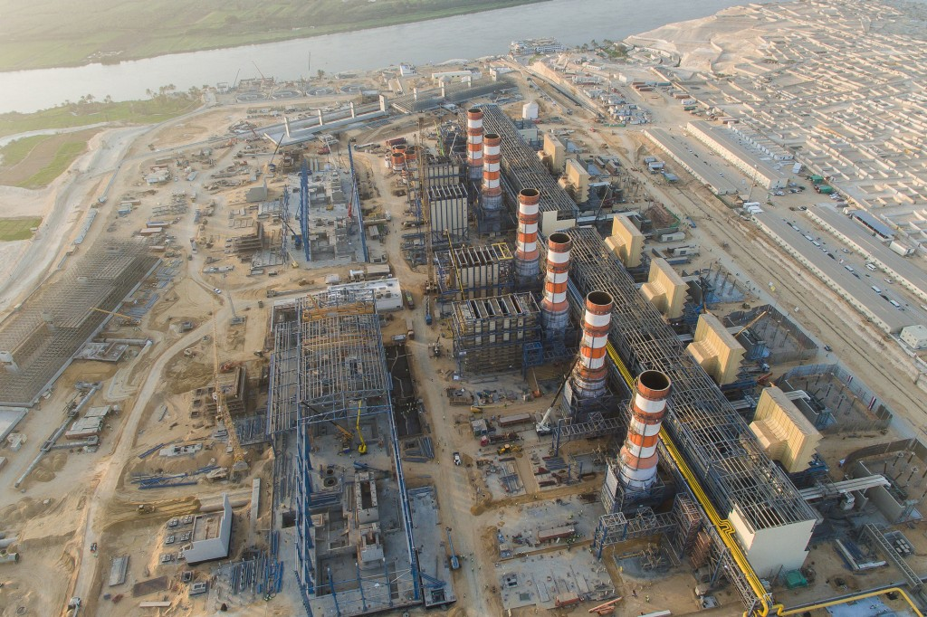 Completion of world's largest combined cycle power plants in record time