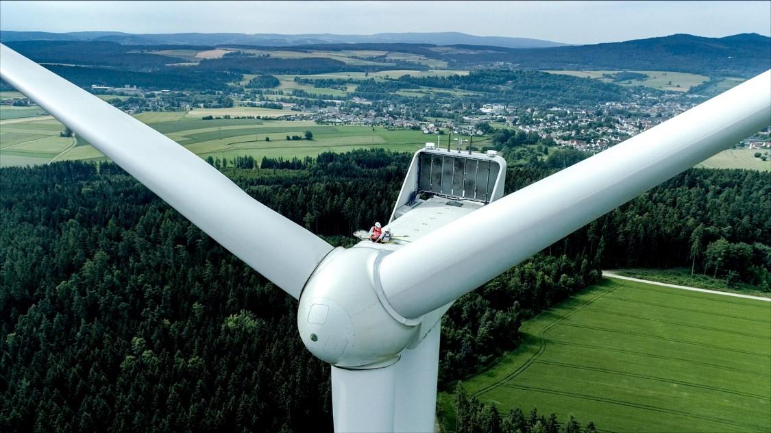 Windrad eines Windkraftwerks