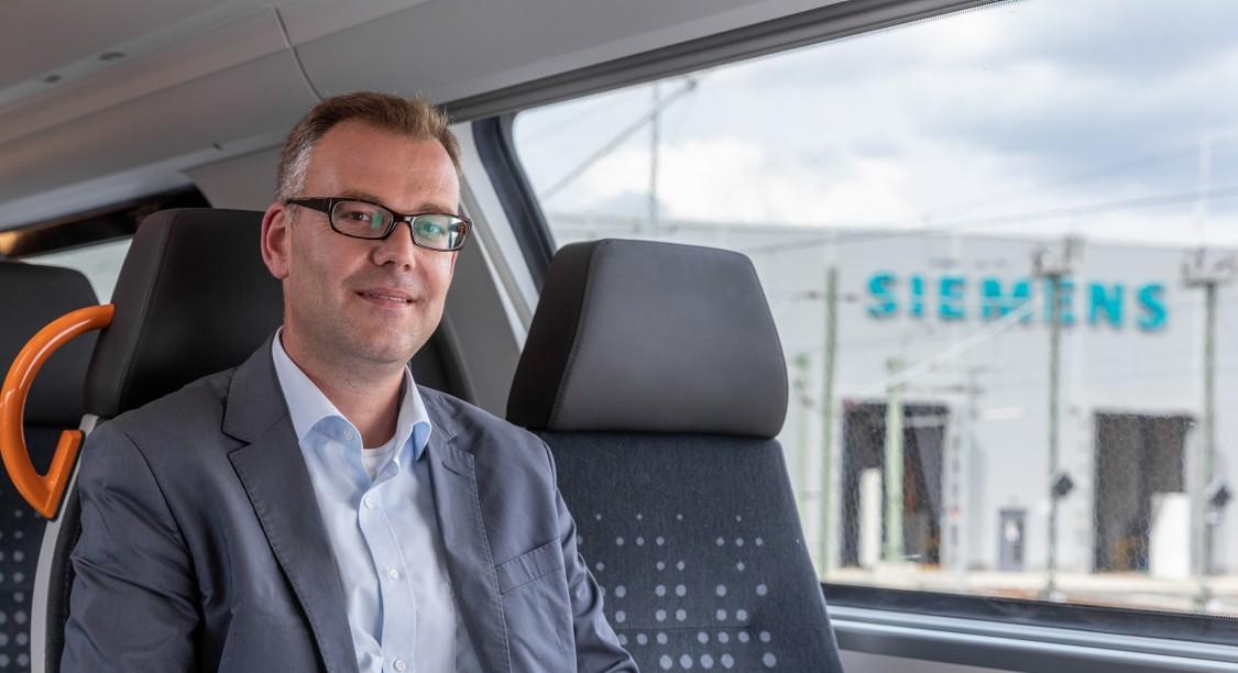 Georg Seifert, Leiter der Abteilung Regionaler Schienenverkehr, Verkehrsverbund Rhein-Ruhr, Deutschland