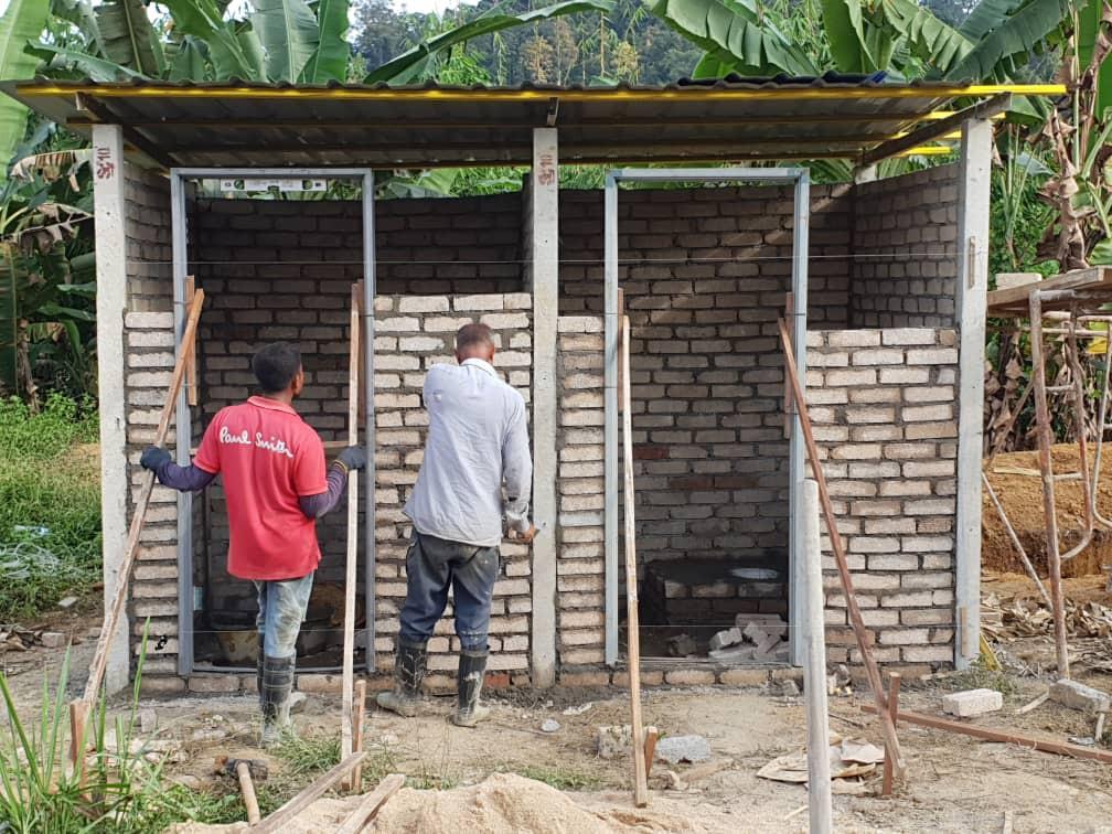Building Toilets at Kampung Ulu Semul