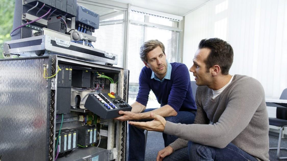 Entdecken Sie die Trainings und E-Learnings für SIMATIC PCS 7
