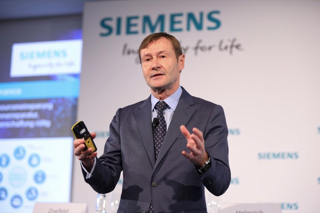 Klaus Helmrich auf der Pressekonferenz im Rahmen der SPS 2019