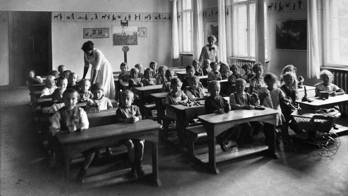 School on Jugendweg, 1915
